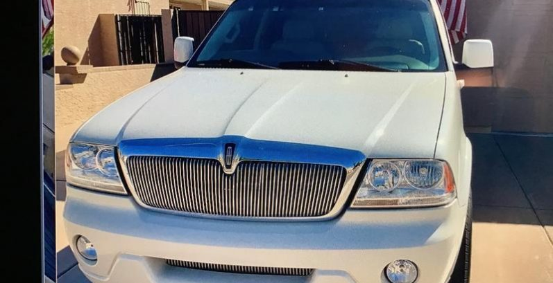 Diego in Sun City Just Got $3900 for a 2004 Lincoln Aviator 2WD