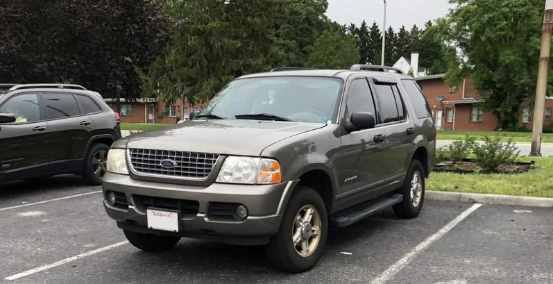 Charity in San Tan Valley Just Got $1380 for a 2004 Ford Explorer XLT