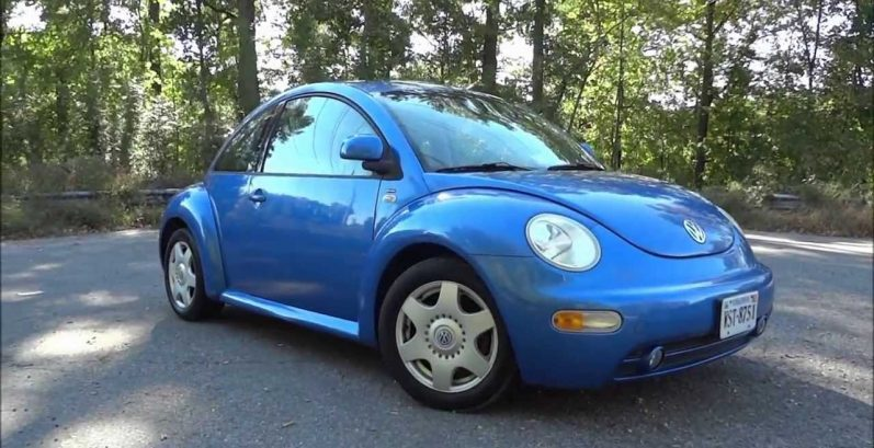 Tania in New River Just Got $985 for a 2004 Volkswagen Beetle GL